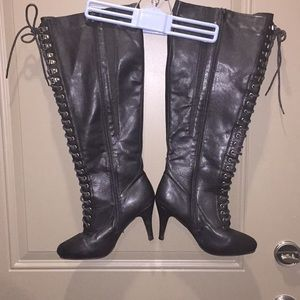 Torrid Size 9 Thigh high boots
